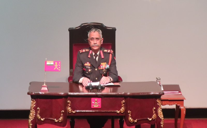 Army Chief बोले- Article 370 हटाया जाना ऐतिहासिक, इससे J&K को मुख्य धारा से जुड़ने में मदद मिलेगी