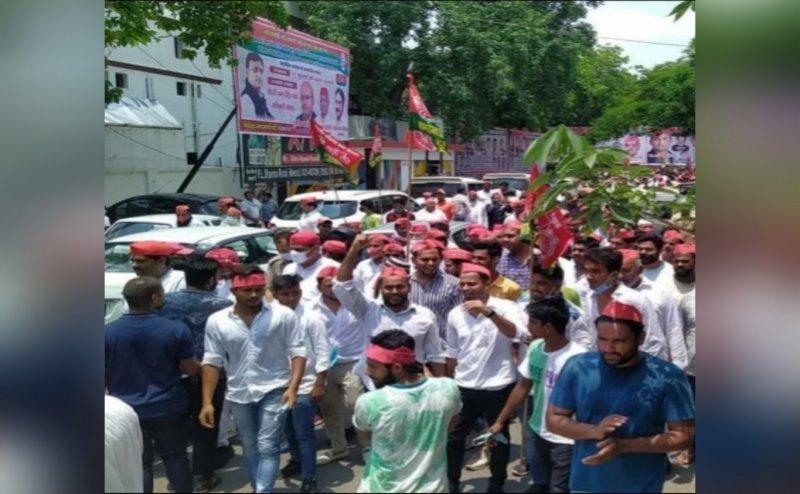 मेरठ: यूपी सरकार के खिलाफ, सपा कार्यकर्ताओं ने इन मुद्दों पर तहसील मुख्यालयों पर किया प्रदर्शन