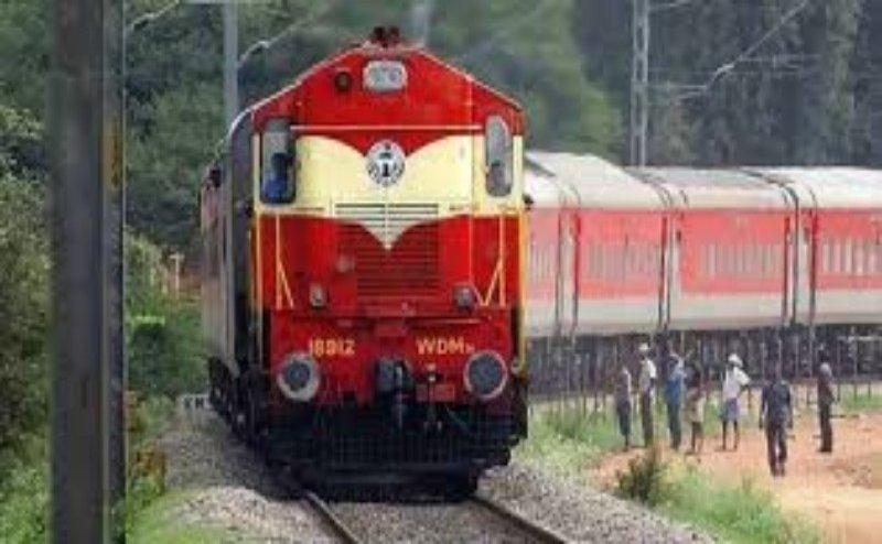 अच्छी खबर: मथुरा-कासगंज मार्ग पर 18 अक्टूबर से चलेगी ट्रेन, यात्री को मिलेगी राहत