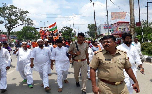NYOOOZ Special : बरेली में मुस्लिम समुदाय ने शिव भक्तों के लिए बिछाईं पलकें