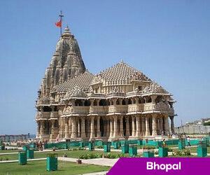 Pre-monsoon showers cool Bhopal
