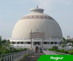 President Ram Nath Kovind lands in Nagpur, reaches Deekshabhoomi