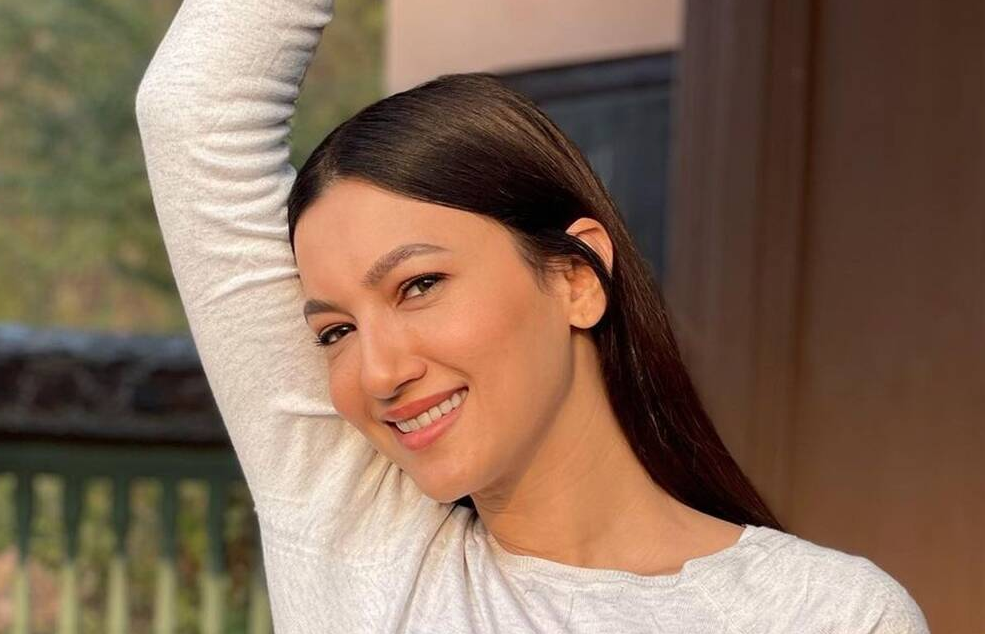 Film industry union issues non-cooperative notice against Gauahar Khan