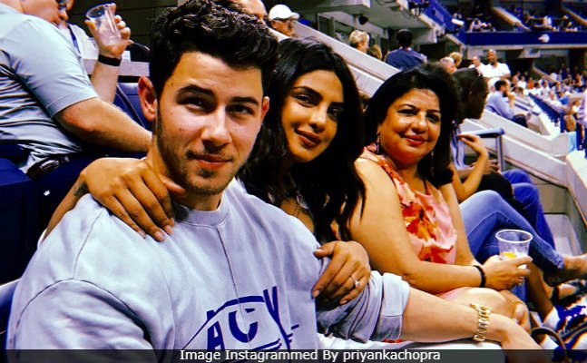 Priyanka Chopra's Fam Jam at US Open with Nick Jonas goes viral