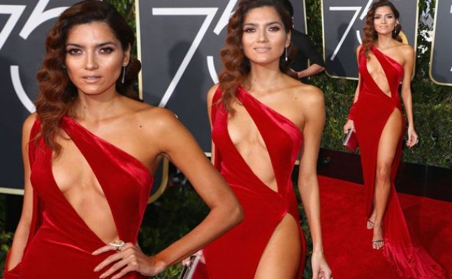 Blanca Blanco ditches undergarments at Golden Globe red carpet