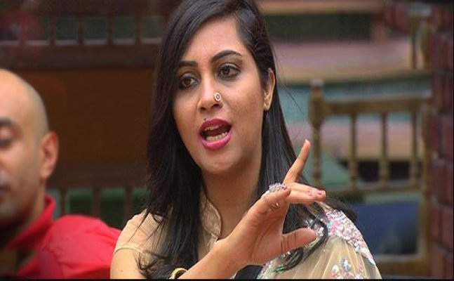 BB 11: Twitteratis SLAM Arshi for arguing with Salman