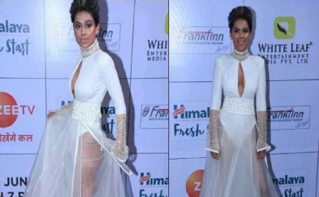 Zee Gold Awards 2018: Nia Sharma goes BOLD in white sheer outfit