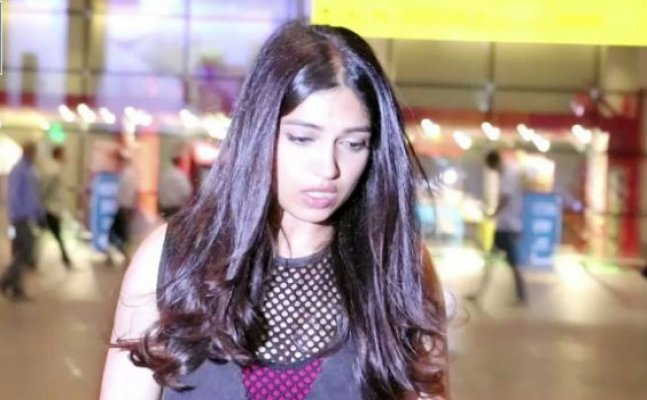 Bhumi Pednekar spotted with injured hand