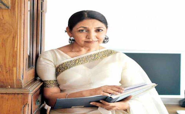 Veteran actress Deepti Naval files complaint for receiving threat mails