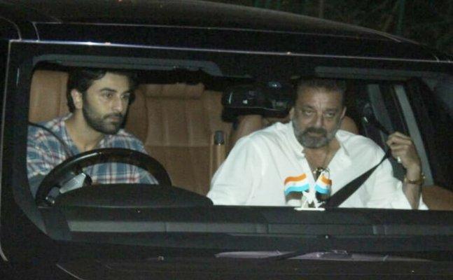 Alia Bhatt, Ranbir Kapoor and Sanjya Dutt party together
