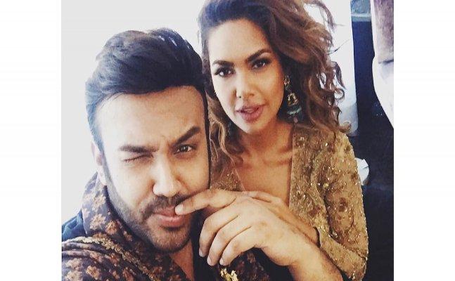 "Esha Gupta asks ""Why don't you love me back?"" to rumoured beau"