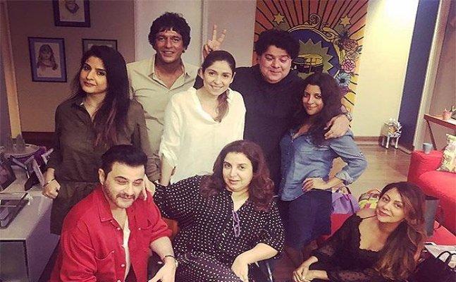 Farah Khan hosts dinner, Malaika and Katrina call her 'Kamini' and 'Mummy'