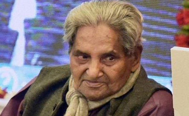 Poet Neeraj's Death: Iconic Bollywood songs penned down by him