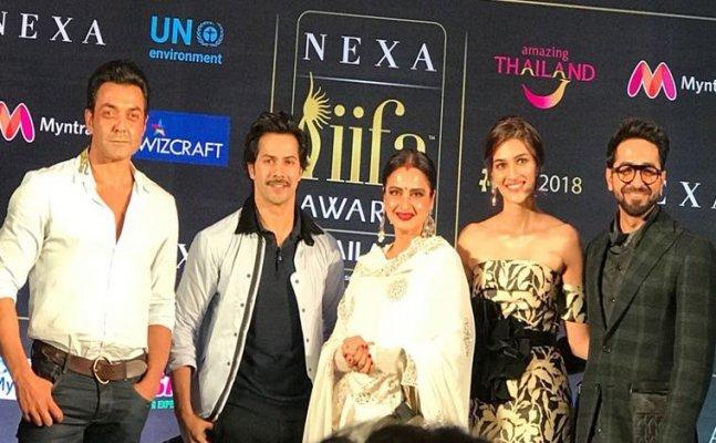 IIFA 2018: Take a look at Bollywood celebs on-stage Masti