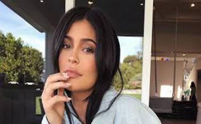 Reality TV star Kylie Jenner's one tweet made SnapChat to lose $1.3 billion stock