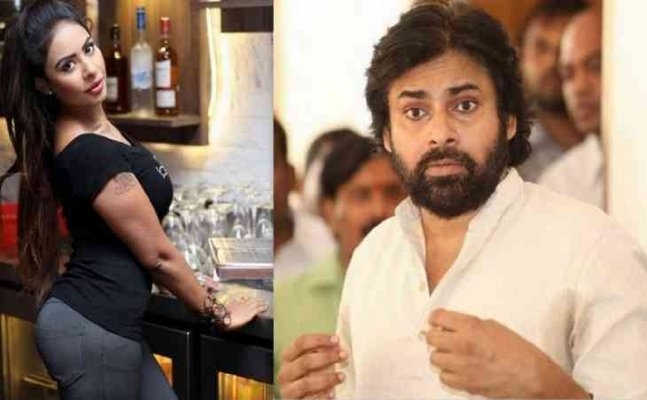 Sri Reddy shows middle finger and abuses Tollywood actor Pawan Kalyan