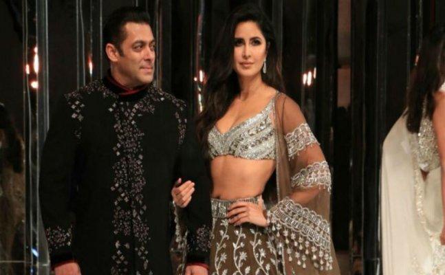 Salman-Katrina look regal on ramp while walking for Manish Malhotra
