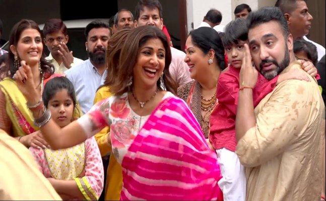 Shilpa Shetty's dhamakedar dance at Ganpati Visarjan
