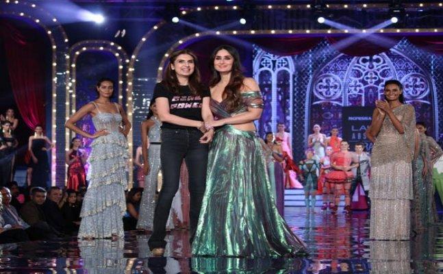 LFW 2018: Kareena Kapoor looks ethereal on ramp