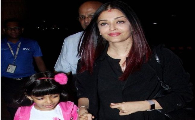 Aishwarya Rai Bachchan spotted leaving for Paris with daughter Aaradhya