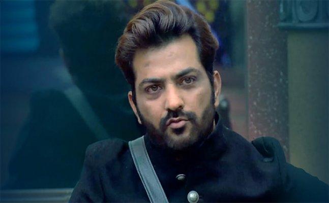 Bigg Boss 11: Manu Punjabi to enter the house