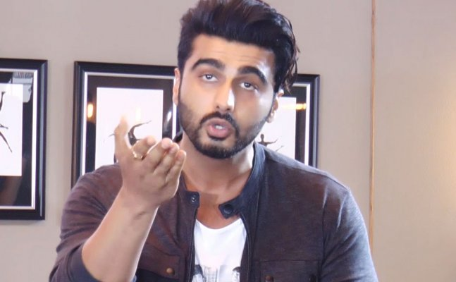 Arjun Kapoor LASHES OUT at a troll for calling him a 'Molester'