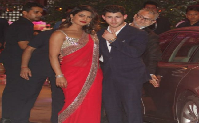 Priyanka Chopra looked ravishing in red saree