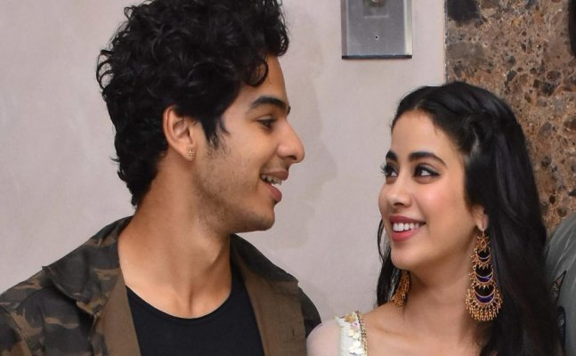 WATCH: Janhvi Kapoor and Ishaan Khatter's romantic dance on Dhadak's title song