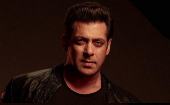 BREAKING: Salman Khan's first look from 'Bharat' is out!