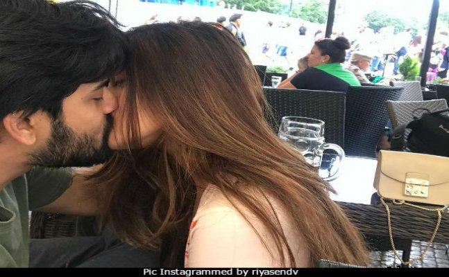 Riya Sen and her husband Shivam Tiwari's PDA is too romantic to handle