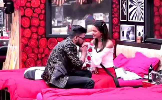 BB 11: Rocky Jaiswal proposes to Hina Khan