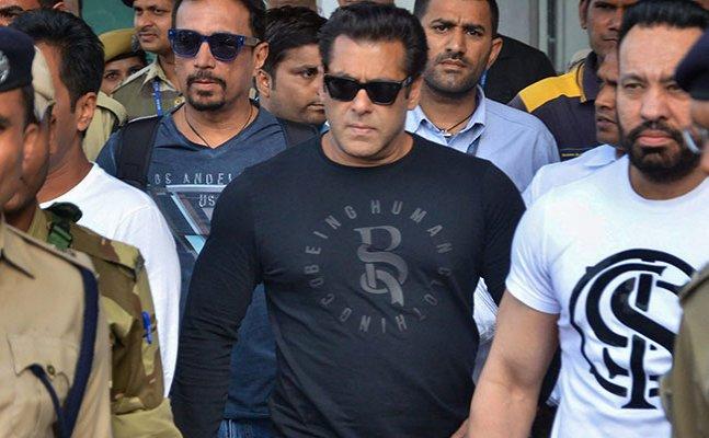 Salman Khan's lawyer moves bail application