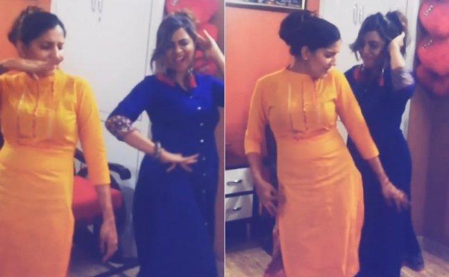 Bigg Boss 11's Arshi Khan and Sapna Choudhary latest dance video