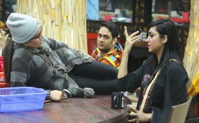 Bigg Boss 11 Episode 11th: Arshi calls Sapna