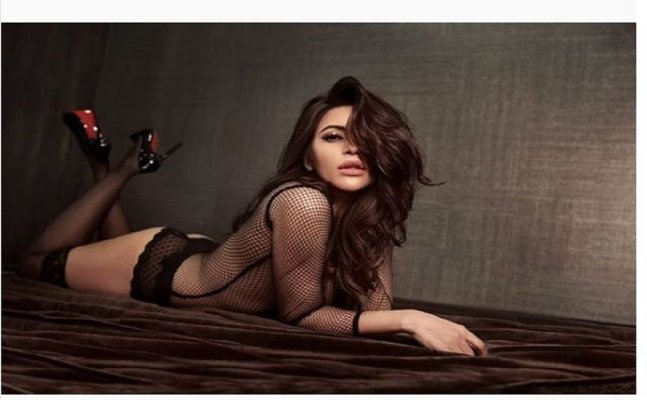 Shama Sikander raises temperature in white sheets