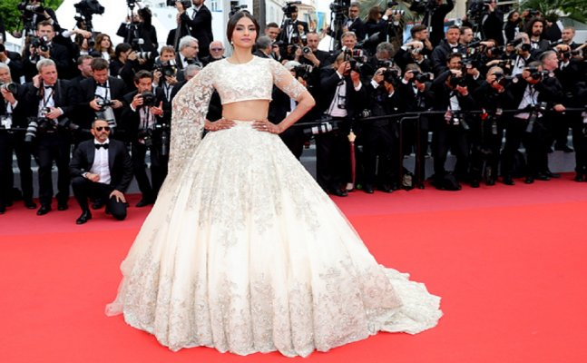 Cannes 2018: Sonam Kapoor in an ivory lehenga dazzles red carpet