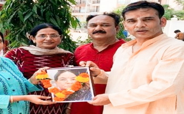 Bhojpuri Star and NCP Gen Secretary Sudip Pandey's mother succumbs to Covid-19