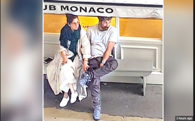 Ex lovers diaries: Sunny Deol and Dimple Kapadia snapped holding hands