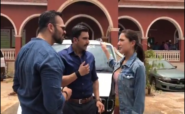 Ranveer Singh and Sara Ali Khan's video from 'Simmba' sets goes viral