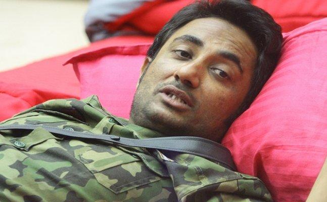 Bigg Boss 11: Zubair Khan hospitalized after Salman Khan lashes out at him