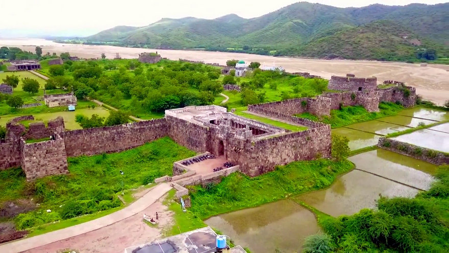 700 year old fort in Andhra known as `Dakshina Kashi` still reveals history of medieval India