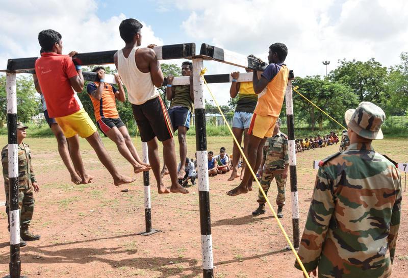 सरकारी नौकरी: यूपी के इन शहरों के युवाओं को मिल रहा सेना में भर्ती होने का सुनहरा मौका, जल्दी करें ये काम