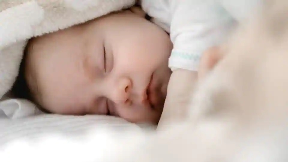 Parents shouldn't worry about their baby's inconsistent sleep patterns, Here's why