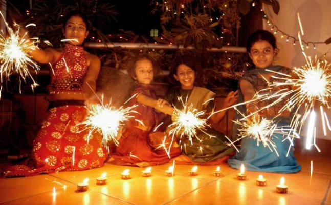 Diwali 2017: How to host an awesome party without burning a hole in your pocket
