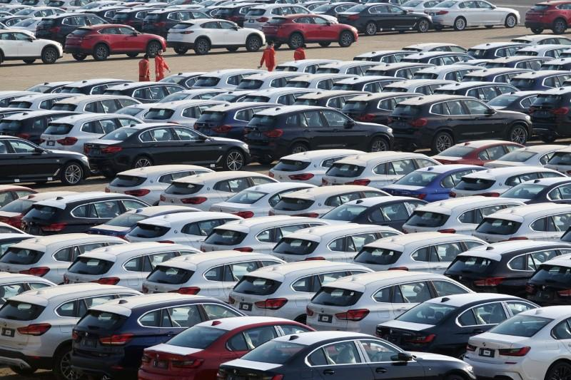 China auto sales off 22.4% in H1 of 2020