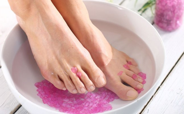 Winters tricks that will turn your sore feet happy instantly