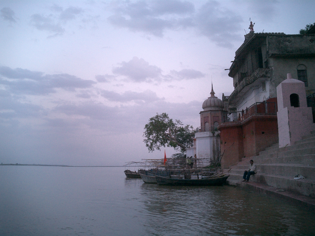 Kanpur will soon get a riverfront along the river Ganga