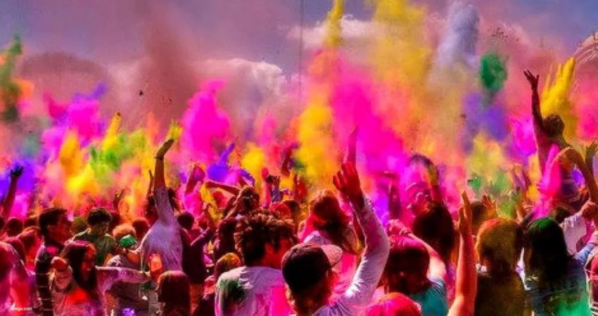 Holi in the times of Covid-19: Precautions To Take For A Safe Holi