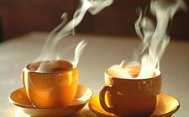 रिसर्च: गर्म चाय से 90 फीसदी तक बढ़ सकता है कैंसर का खतरा
