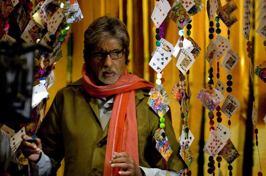 Bollywood And the Gambling Scene: An Intense Entertaining Affair